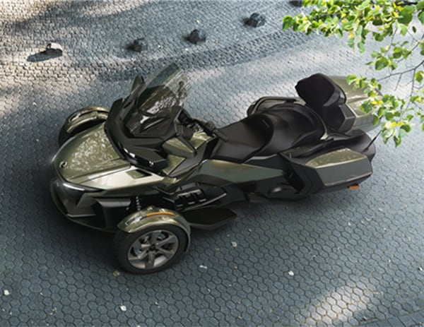 CAN-AM SPYDER RT SEA-TO-SKY 1330 ACE 2021